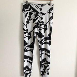 Nike Black & White Pattern Dri-Fit Workout Legging